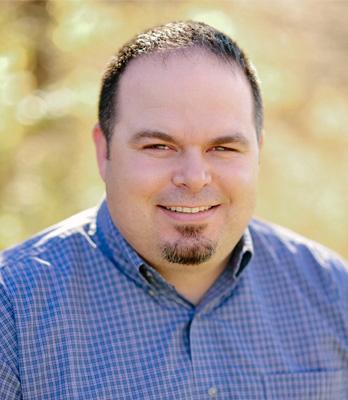 Cory Eberhard : Administrative Minister
