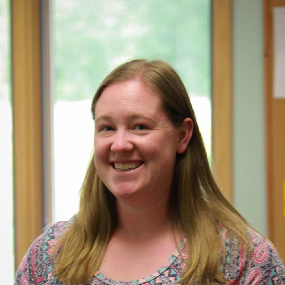 Stephanie Rohder : Children's Ministry Director